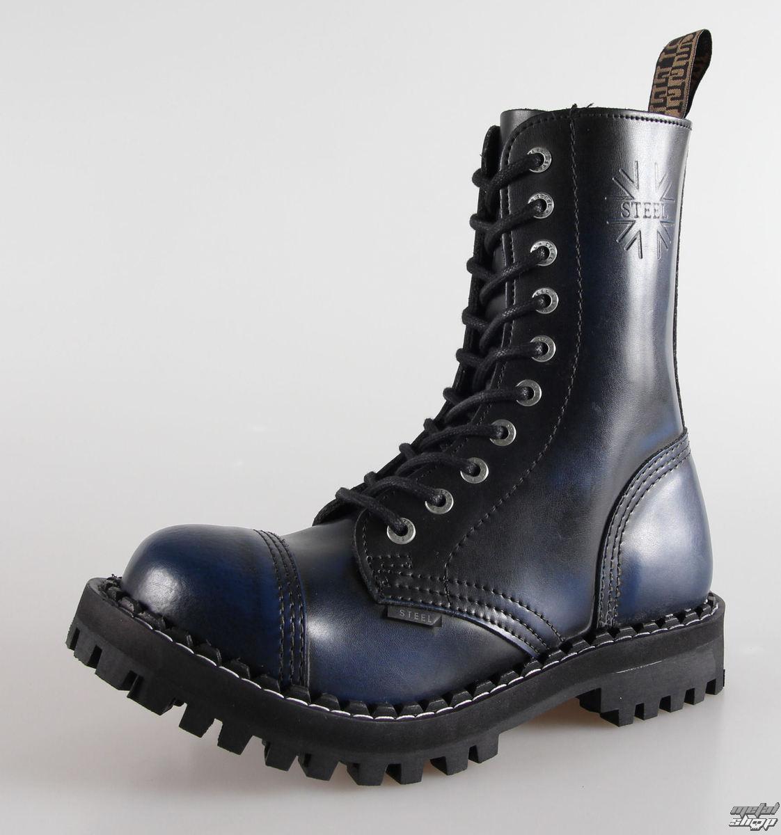 Veľký čierny topánka sex